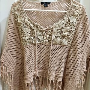 🎉VERY UNIQUE Shawl/Poncho with Lace Up Front&Lace